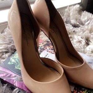 Nude heel sz 9